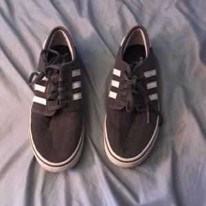 Used Adidas Sneakers/Skate Shoes Size 8